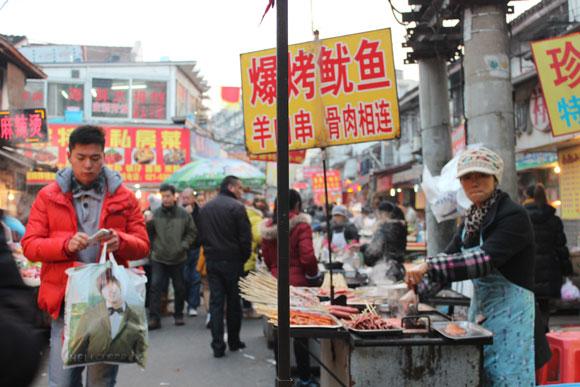 【コラム】中国に行ったときのお土産選びにいつも悩む / だって食べ物が「危なそう」って喜ばれないんですもの
