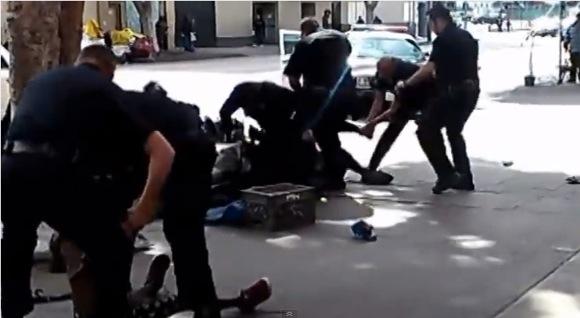 LA警察がホームレスを射殺「またか」「怒りしか覚えない」とネットでも怒りの声が噴出