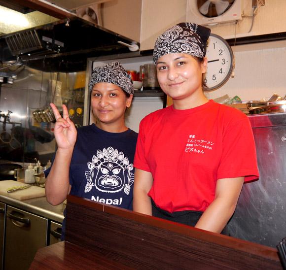 スタッフ全員ネパール人の本格とんこつラーメン店「ビヌちゃん」オープン! 東京・新中野