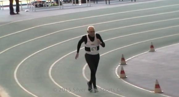 【動画あり】95歳のスーパーおじいちゃんが200メートル走で世界新記録を樹立