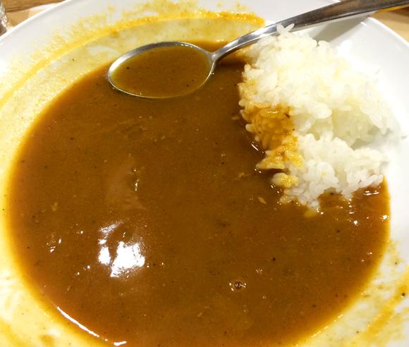 【札幌グルメ】カレーを食べていてご飯だけが残っても大丈夫だ! カリーハウスコロンボは無料でたっぷりルーのおかわりをくれるぞ!!