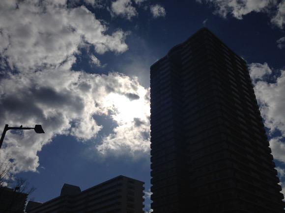 【練馬気象速報】晴れのち霙(みぞれ)! 雪! 暴風! 本日平成27年3月10日の練馬の天気が不安定すぎる