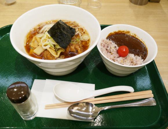 【ベジタリアン集まれ!】動物性食材は不使用! 本物のラーメン顔負けの超絶美味しいヴィーガンラーメンが東京駅で食べられるゾ!