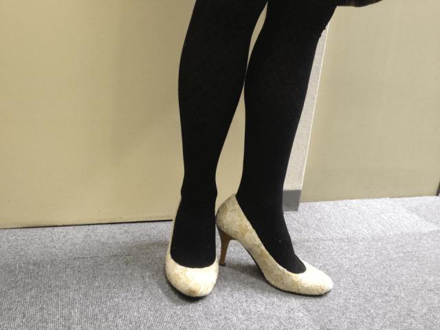 【悲報】ハイヒールの起源は「ウンコ踏まないように作られた靴」だった!?