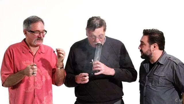 元警官3人がマリファナをウン10年ぶりに体験……したらこうなった!! マリファナ・デイを祝してオッちゃん達がイイ感じにハイに!