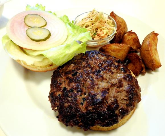 【ハンバーガー批評 第1回】食べログで高評価を得る名店「ベーカーバウンス 三軒茶屋本店」東京・世田谷