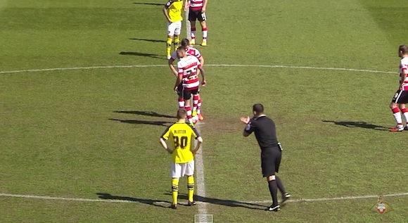 【衝撃動画】海外サッカーで史上最悪なハイライト映像が作成される
