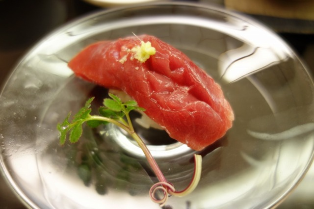【金沢】西日本最高の寿司店と呼ばれる「小松弥助」に行ってみた
