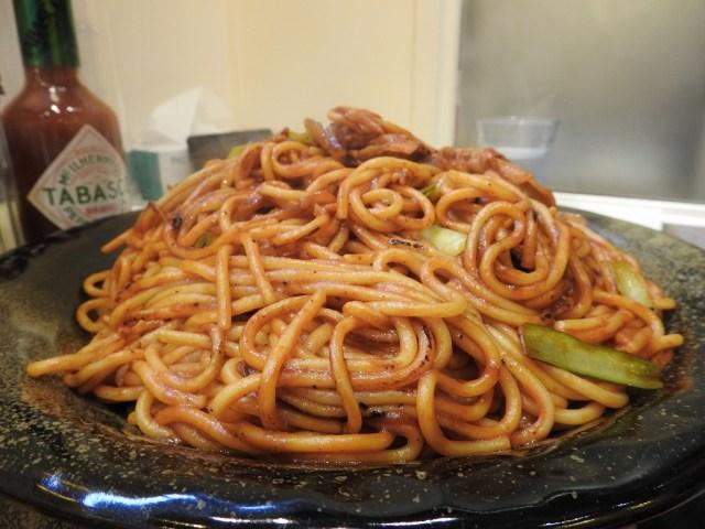 【デカ盛り】焼きスパゲティ店「ロメスパバルボア 神田小川町店」が1.4キロのギガ盛りを販売開始!完食しに行ってみた