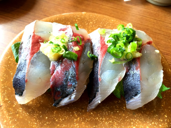 【大分グルメ】別府で一番ウマいと評判の回転寿司に行ってみた / 北海道の回転寿司と同レベルのウマさだった『亀正くるくる寿司』