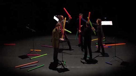 【動画】幼児向けの知育楽器でバッハを奏でる大人たちのおとなげなさに感嘆