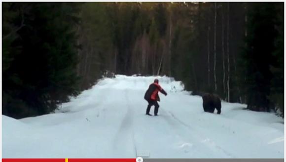 【劇的映像】雪山で男性がクマと遭遇! 迫り来るクマに彼がとった行動とは?
