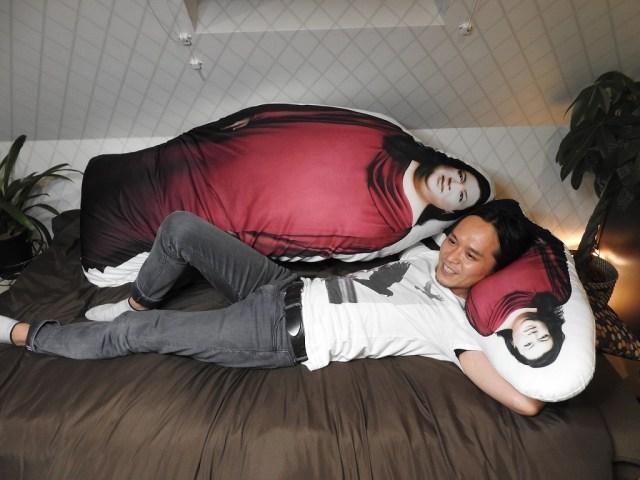 【誰得】ムアツふとんの会社が「ほぼ等身大マツコ・デラックス抱き枕」のプレゼントキャンペーンを開始 / デカすぎて抱けない件
