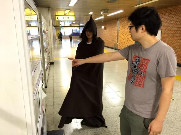 【スターウォーズ】ジェダイは手を触れずに自動販売機で買い物できるのか?
