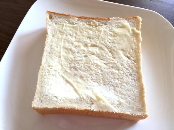 王様のベッド級にフカフカの「食パン専門店の食パン」が超ウマい / 東京・御徒町『一本堂』