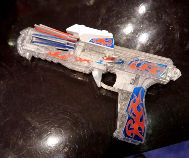 【東京おもちゃショー】ゴム鉄砲が猛烈に進化していた件 / 名前もデザインもイチイチカッコいい!