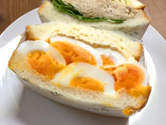 【高カロリー】タルタル+タマゴの『デビルサンドイッチ』が「ハア? 別に太ってもいいし」と自分に逆ギレするくらいウマい件 東京・神谷町『3206』