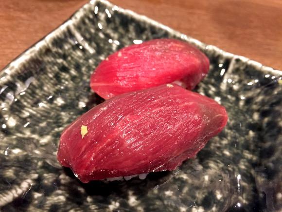 【肉祭り】生肉とシャリが奇跡の融合! 桜肉の寿司がいちいちウマい!! 東京『神楽坂 肉寿司』