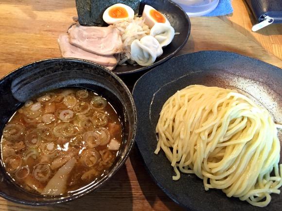 【つけ麺】スタンダードにして王道! 酸味と甘味の絶妙バランスを堪能せよ!! 東京・両国『ごんろく』