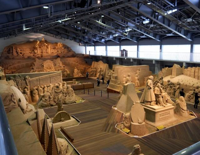 巨大にして繊細な造形に感動! 鳥取砂丘「砂の美術館」の砂像が素晴らしすぎてビビった!!
