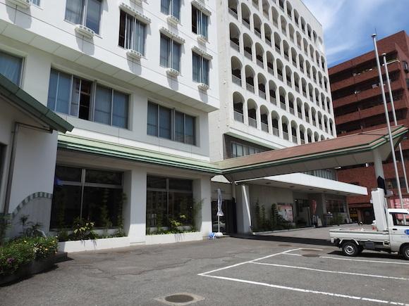 なにげなく大分県別府市で泊まったホテルがコスパよくてビックリ! 立地&景色よしで温泉もある『ホテルニューツルタ』
