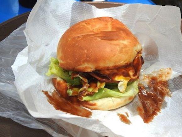 【ロマンシング佐賀とコラボ中】ご当地バーガー『唐津バーガー』は本当に美味いのか実際に行って食べてみた