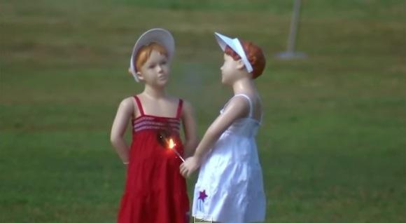 【動画あり】アメリカで作られた花火の注意喚起映像が恐ろしすぎてチビるレベル