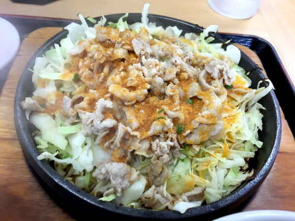 【野郎メシ】カロリーなんて気にするな! 漢(おとこ)ならガツンとモリモリ「鉄板麺」を喰らうべし!! 東京・東中野『大盛軒』