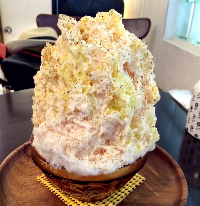 「もものカルボナーラ」や「カプレーゼ」「サングリア」などイタリア料理の名前がついたかき氷が美味! 東京・笹塚『シロッポ』
