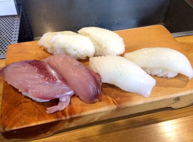 【オヤジのグルメ】「立ち食い」の持つイメージを覆す良質な品々を提供する店「立ち食いすし 都々井」