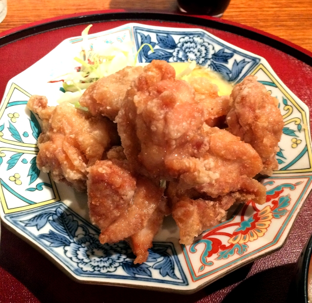 【コスパ良し】いくらでも食べられるウマさの唐揚げが690円で食べ放題! 東京・五反田「わったりぼうず」のランチがお得
