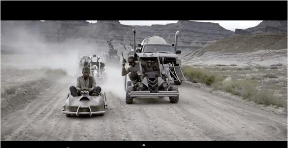 【動画】『マッドマックス 怒りのデス・ロード』をゴーカート&ペイント銃で再現! 完全なるマッドっぷりに賛美の嵐!!「映画のワンシーンかよ!」