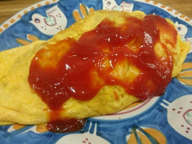 【ウマすぎ注意】炊飯器にトマトと鶏肉を入れるだけ! 超簡単チキンライスの作り方 / オムライスにも最高