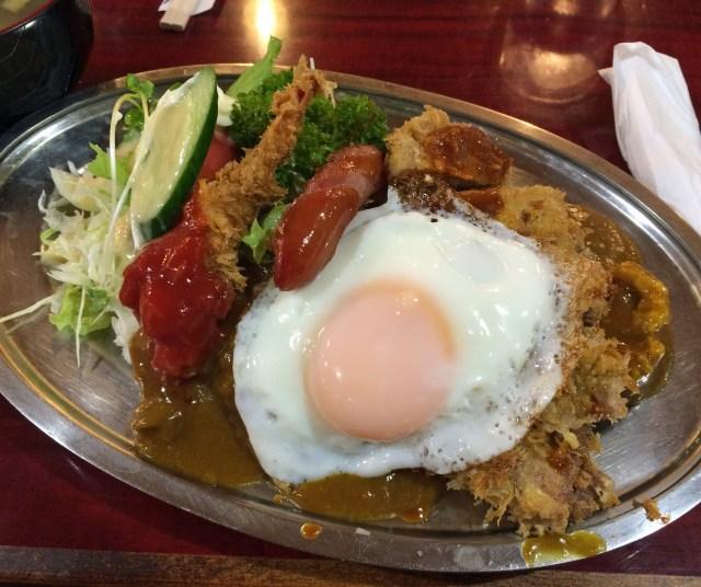 【カレー探求】味を通して店主の思いの深さを感じる / 古き良き洋食屋「レストランいづみ」 東京・新宿