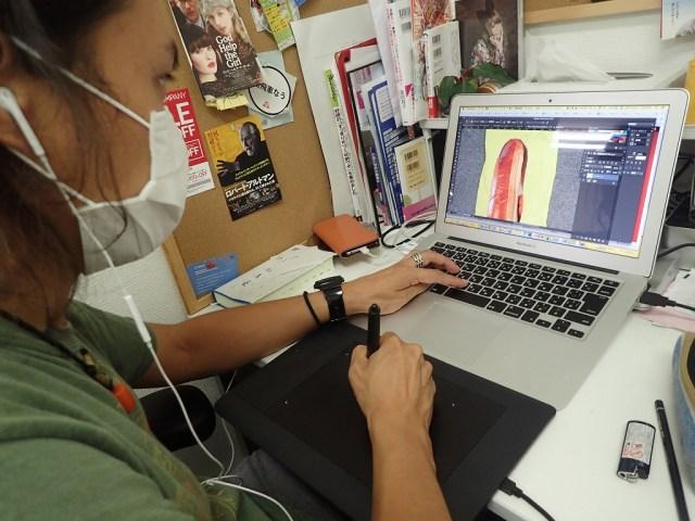 イラストのプロが「フリー素材を探して佐野研二郎っぽいトートバッグ」を10分で何個作れるのか試してみた