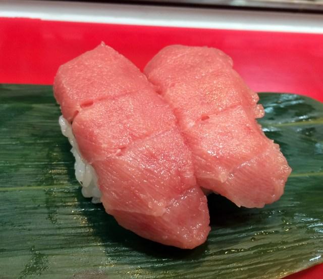 【オヤジのグルメ】池袋に行ったら必ず寄りたい! まぐろ1貫70円のコスパ良い立ち食い寿司「さくら寿司」