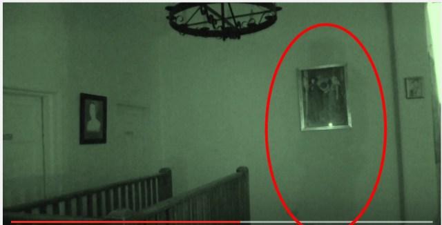 【怪奇】番組収録中に壁に浮かび上がったナゾの影をカメラが捉えた!
