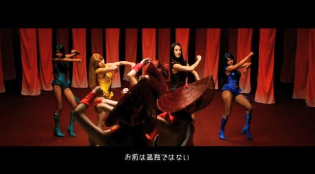 【動画あり】日本を舞台に繰り広げられる「よさこい」バトル! 真紅に染まった空間で踊るすみれさんがかっこよすぎて震える