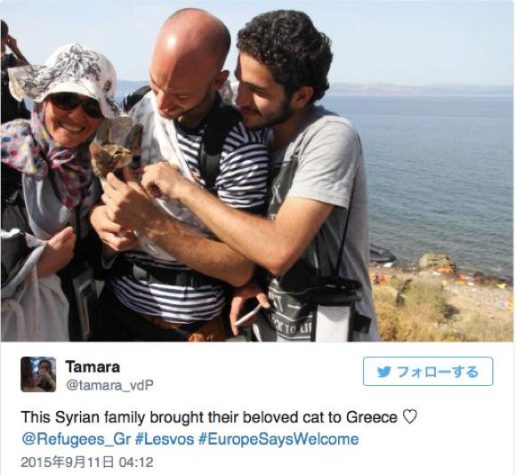 『子ネコと一緒に逃げてきたシリア難民』の写真が話題に / ネットの声「家族は家族だ」「彼らが安全でありますように」