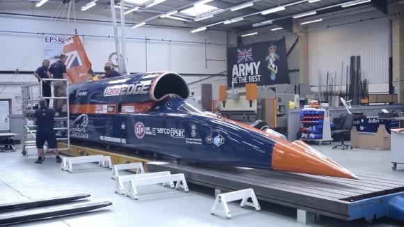 【時速1600km】拳銃の弾丸よりも速い車「ブラッドハウンド」の動画が公開される / お値段たったの18億円!
