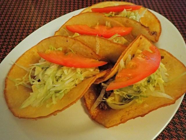 「沖縄で一番美味しいタコス屋」はココだ! 中部・宜野湾市『メキシコ』