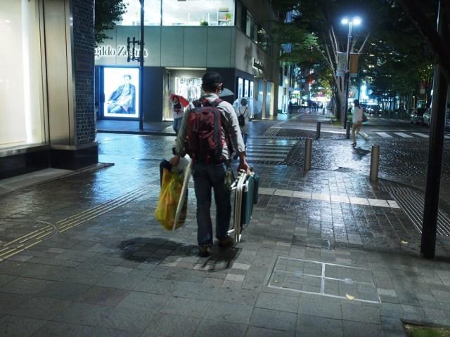 【大バカ野郎】iPhone6sを世界一早くゲットしようと徹夜で行列していた男が「違う店に並んでいた」ことが判明