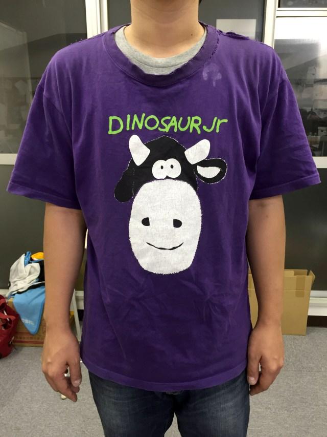 【俺のTシャツ】バンド歴10年の私がオススメ! オルタナバンド「ダイナソージュニア」のTシャツ