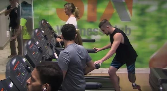【動画あり】開幕まであと1年! リオパラリンピックを目指す超人レベルの選手たち
