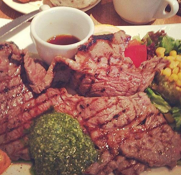 正真正銘の菜食主義者は意外に少ない!? ベジタリアンの3割が「酔っぱらうと肉を食べてしまう」ことが判明