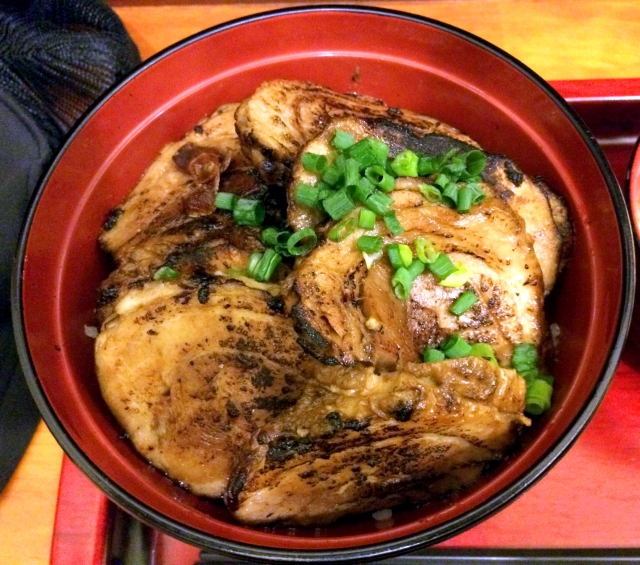 【グルメ】丼サードウェーブ到来か!? 東京・大井町「丼ぶり屋 幸丼」のホロリととろける炙りチャーシューが感動的!