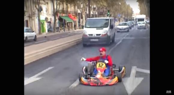 【動画総集編】人呼んで「フランスのナイス害」 狂気のイタズラ男が歩んできた15年の軌跡