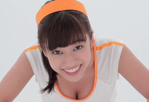 【必見】Popteenモデル大澤玲美のぷるぷる動画が本気でかわいい / セクシーな腕立て伏せにオッサンの胸もぷるぷるした件