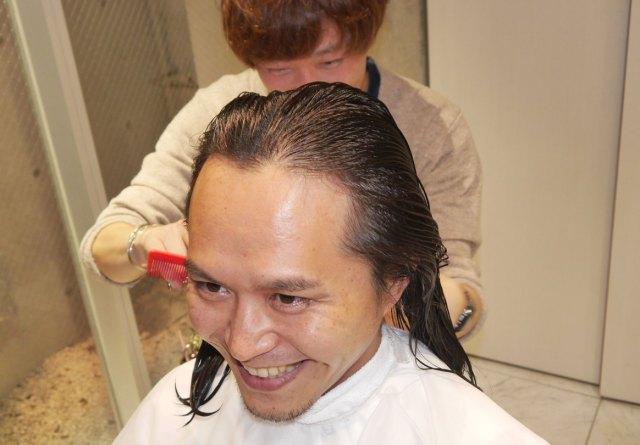 おでこ広すぎ男性について、AGA専門医『銀クリ』に見解を求めた結果 「確かに若干広がっているようには見受けられますが……」