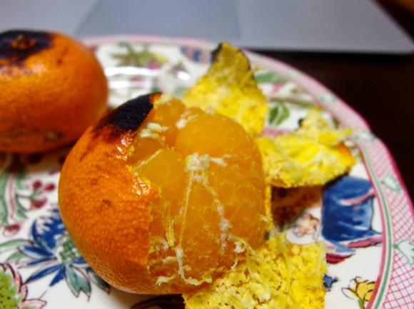 【ミカン復活!】「古いミカン」はオーブンや魚焼きグリルで焼くとウマい!